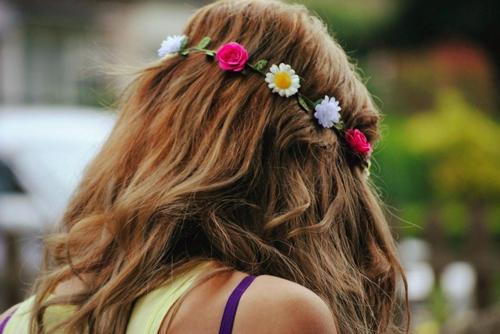 flores hippies para el pelo