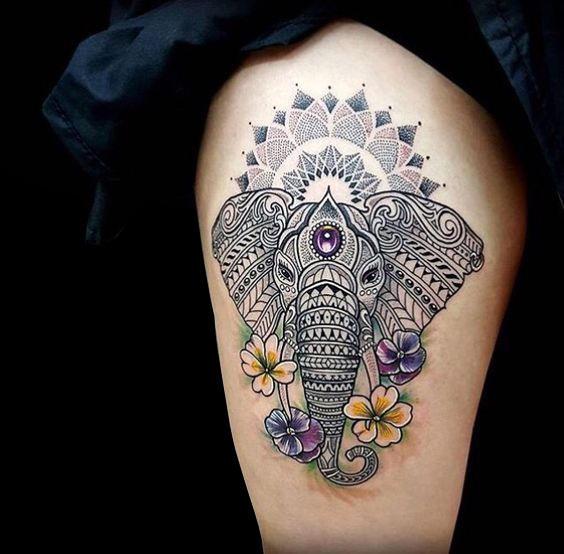 tatuaje elefante hippie