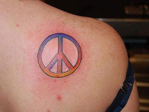 tatuaje paz cdn espalda
